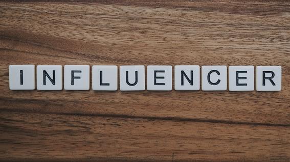 Encontrar influenciadores para a sua marca